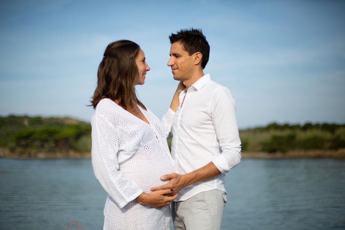 Séance grossesse en extérieur à Six Fours les Plages Var