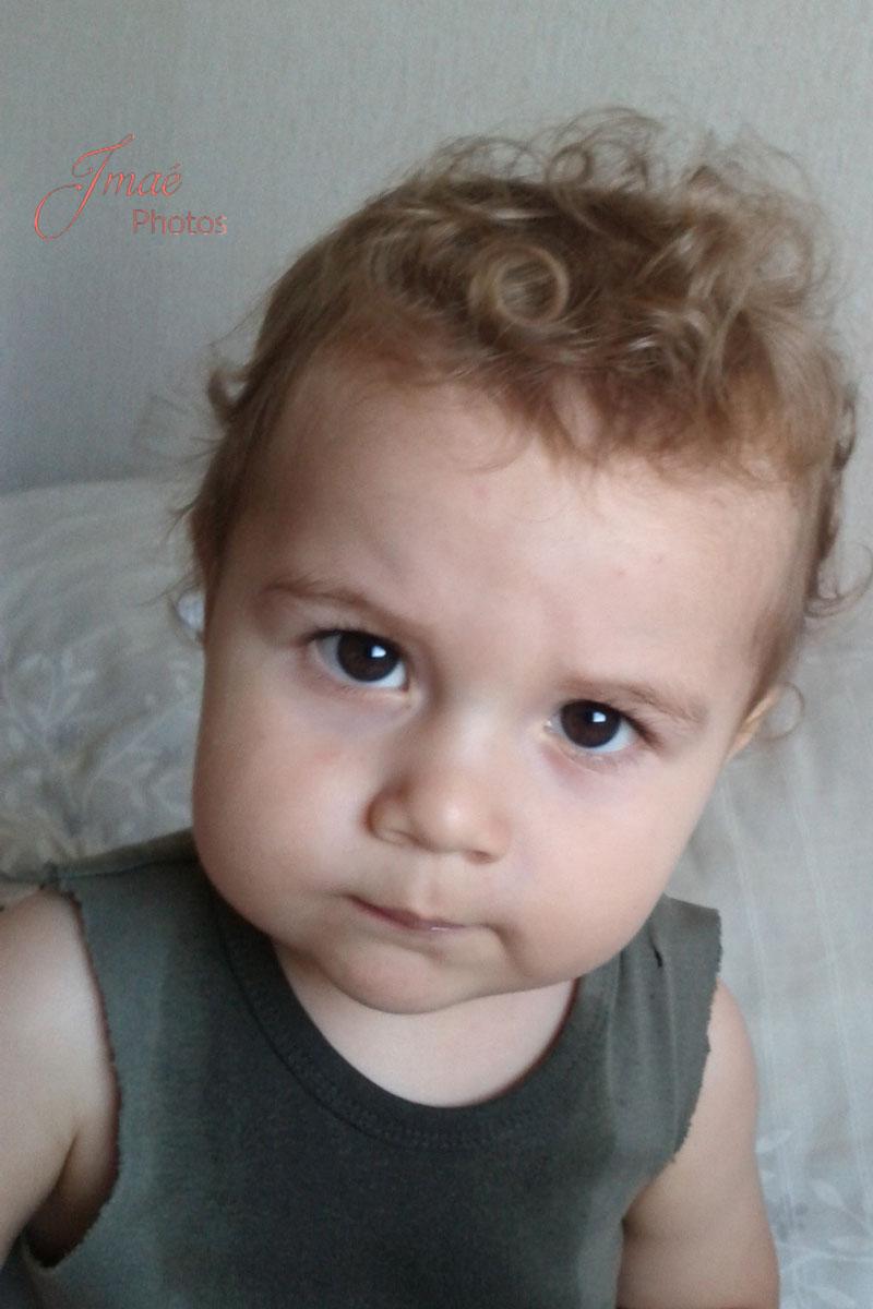 portrait bébé séance photo à domicile en lifestyle Six Fours les plages Var